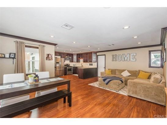 Single Family Residence - Chino, CA (photo 2)