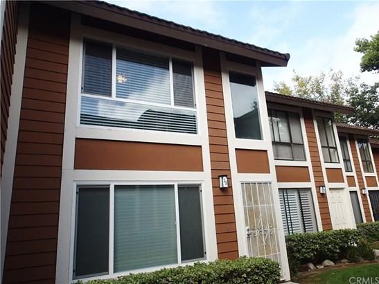 Condominium - Lake Forest, CA