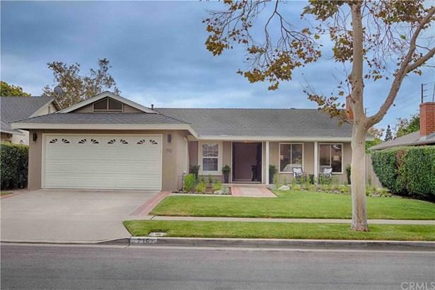 Single Family Residence - Santa Ana, CA