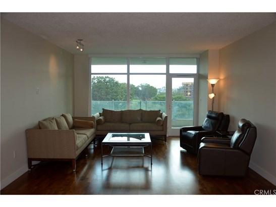 Condominium - Irvine, CA (photo 4)