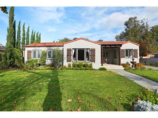 Custom Built,Spanish, Single Family Residence - Santa Ana, CA (photo 2)