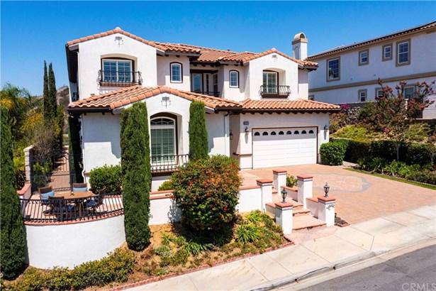 Single Family Residence, Spanish - Yorba Linda, CA