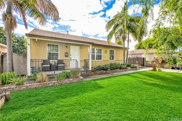 Single Family Residence, Traditional - Fullerton, CA
