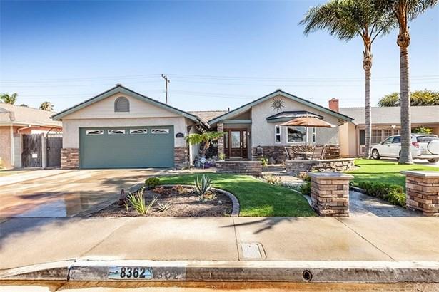 Single Family Residence, Craftsman - Huntington Beach, CA