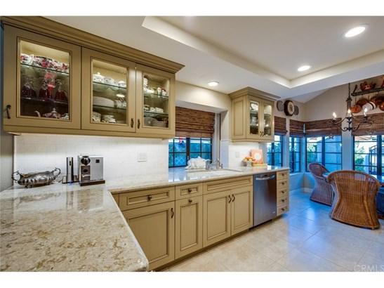 Condominium, Bungalow,Cottage - Anaheim Hills, CA (photo 2)