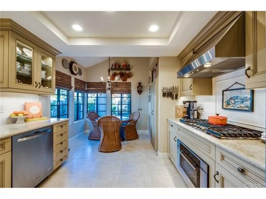 Condominium, Bungalow,Cottage - Anaheim Hills, CA (photo 3)