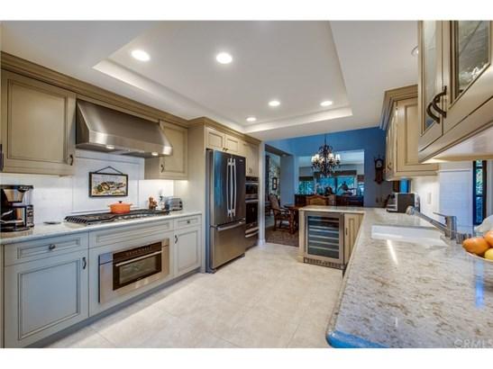 Condominium, Bungalow,Cottage - Anaheim Hills, CA (photo 4)