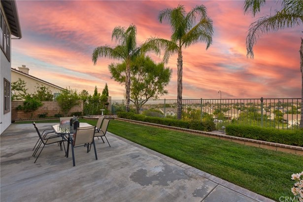 Single Family Residence, Contemporary,Traditional - Corona, CA