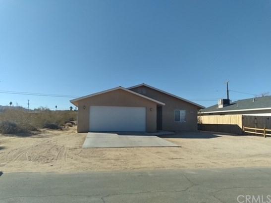 Single Family Residence - 29 Palms, CA