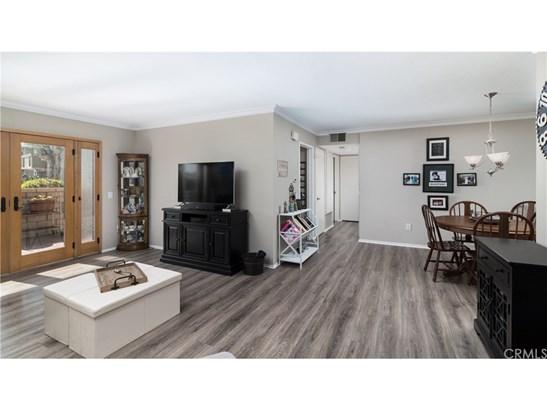 Condominium, Modern - Huntington Beach, CA (photo 3)