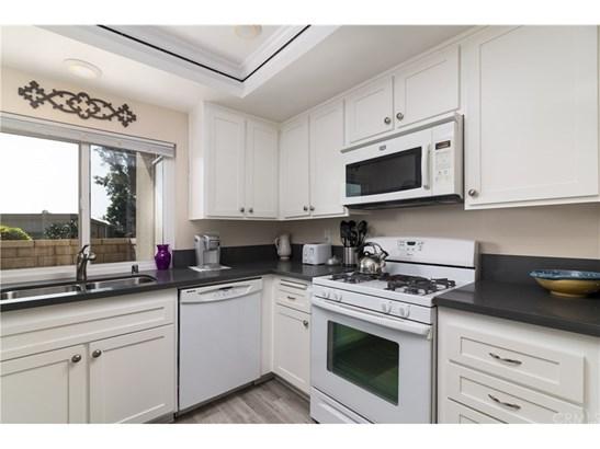 Condominium, Modern - Huntington Beach, CA (photo 5)