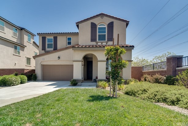 Single Family Residence - Chino, CA