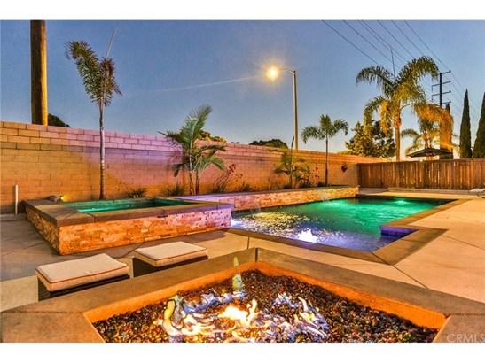 Single Family Residence, Contemporary - Huntington Beach, CA (photo 2)
