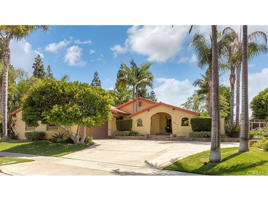 Single Family Residence, Mediterranean,Ranch,Spanish - Costa Mesa, CA