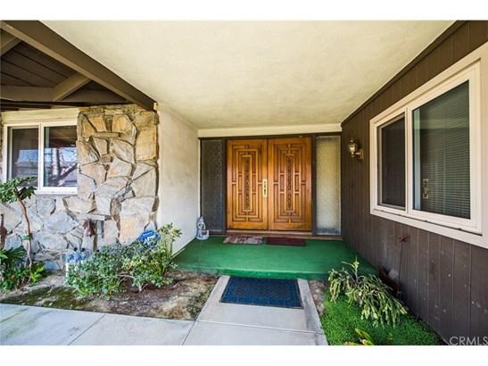 Single Family Residence, Traditional - Fullerton, CA (photo 2)