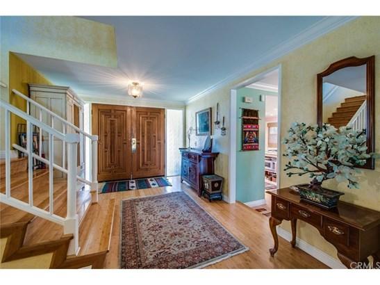 Single Family Residence, Traditional - Fullerton, CA (photo 3)