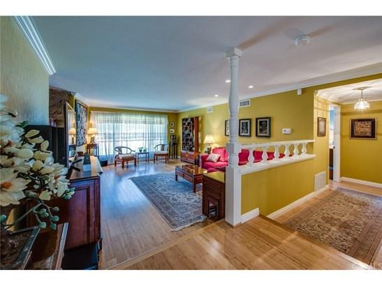 Single Family Residence, Traditional - Fullerton, CA (photo 5)
