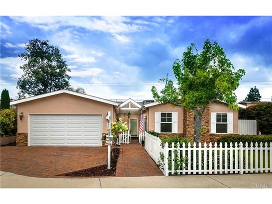 Ranch,Traditional, Single Family Residence - Costa Mesa, CA (photo 1)