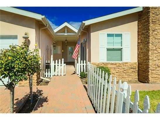 Ranch,Traditional, Single Family Residence - Costa Mesa, CA (photo 5)
