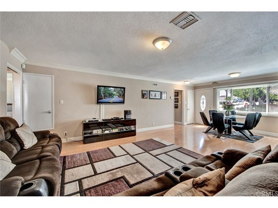 Single Family Residence - La Habra, CA (photo 4)
