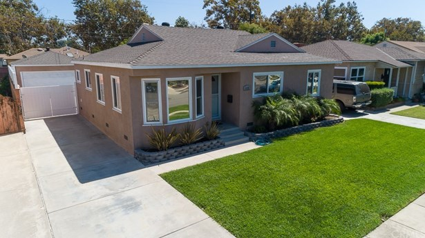 Single Family Residence, Ranch - Lakewood, CA