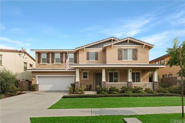Single Family Residence, Modern - Corona, CA