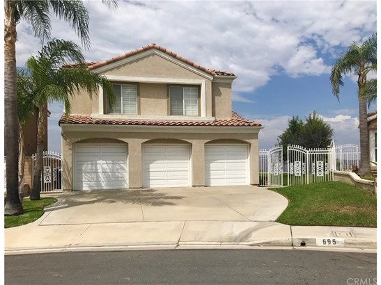 Single Family Residence, Contemporary - Anaheim Hills, CA