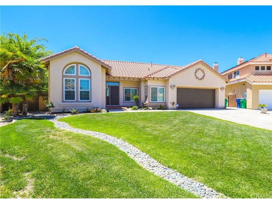 Single Family Residence, Traditional - Palmdale, CA (photo 2)