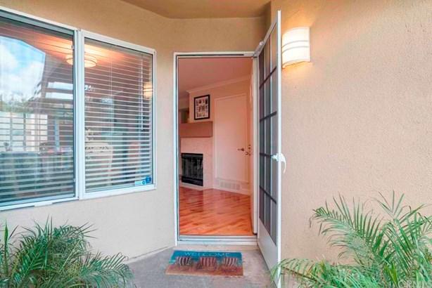 Condominium - Mission Viejo, CA (photo 3)