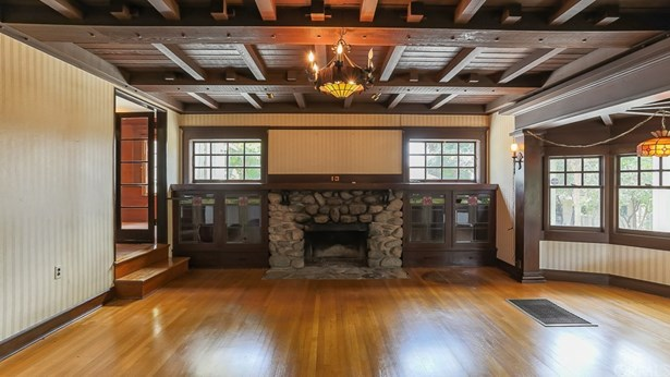 Single Family Residence, Craftsman - Sierra Madre, CA (photo 4)