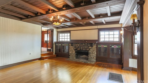 Single Family Residence, Craftsman - Sierra Madre, CA (photo 5)