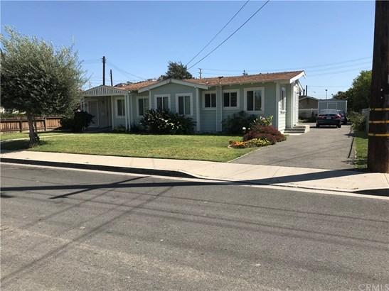 Single Family Residence - Orange, CA (photo 5)
