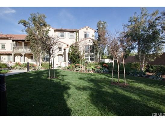Condominium - Orange, CA (photo 1)