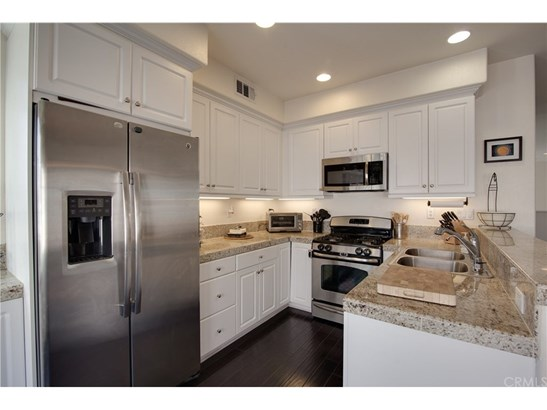 Condominium - Orange, CA (photo 5)