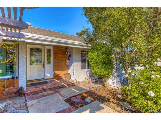 Single Family Residence, Cottage,Ranch - Orange, CA (photo 2)