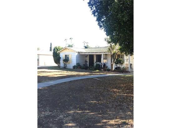 Single Family Residence, Bungalow - La Habra, CA (photo 1)