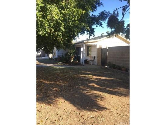 Single Family Residence, Bungalow - La Habra, CA (photo 2)