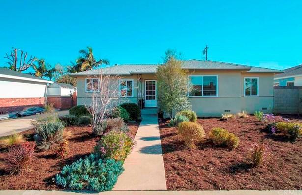 Single Family Residence, Bungalow - Fullerton, CA (photo 1)
