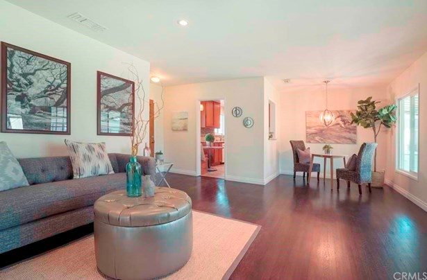 Single Family Residence, Bungalow - Fullerton, CA (photo 5)