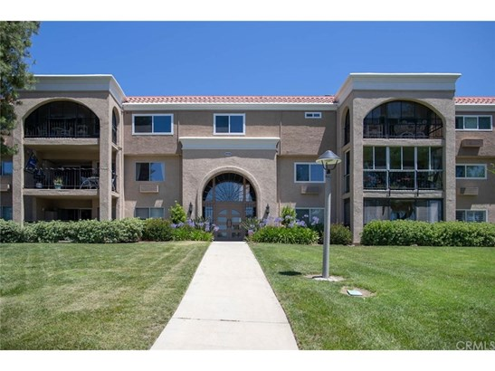 Condominium - Laguna Woods, CA (photo 2)