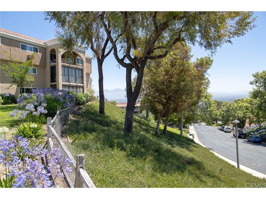 Condominium - Laguna Woods, CA (photo 3)