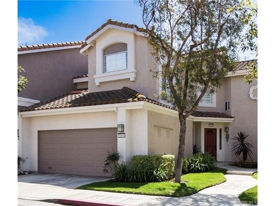 Condominium, Modern - Anaheim Hills, CA (photo 1)