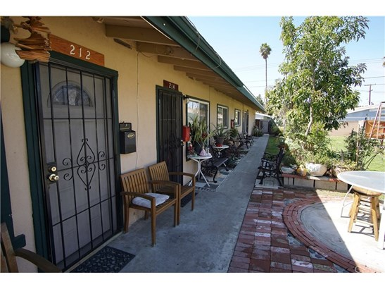 Residential Income - Orange, CA (photo 3)