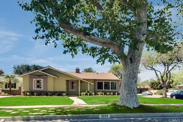 Custom Built,Ranch,Traditional, Single Family Residence - Santa Ana, CA (photo 1)