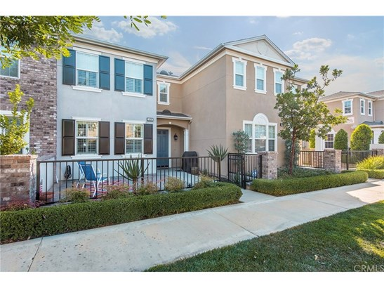 Townhouse, Colonial - Tustin, CA (photo 3)