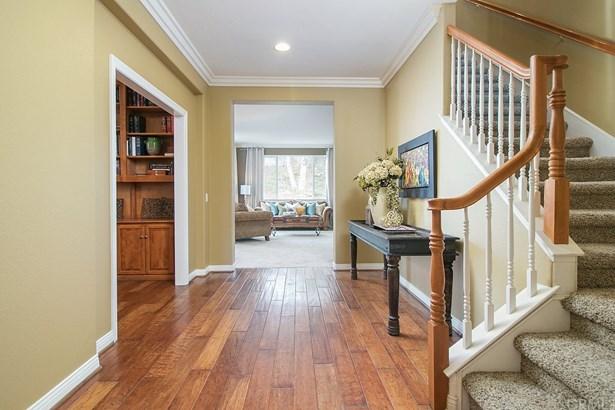 Single Family Residence, Contemporary - Orange, CA (photo 3)