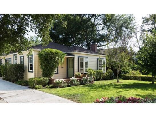 Single Family Residence, Cottage,Custom Built - Santa Ana, CA (photo 1)