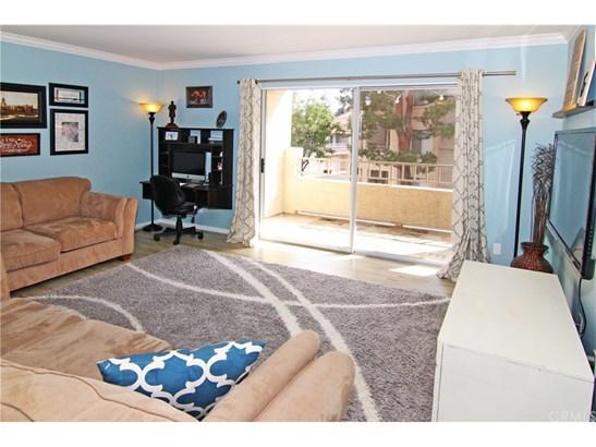 Condominium, Contemporary - Corona, CA (photo 2)