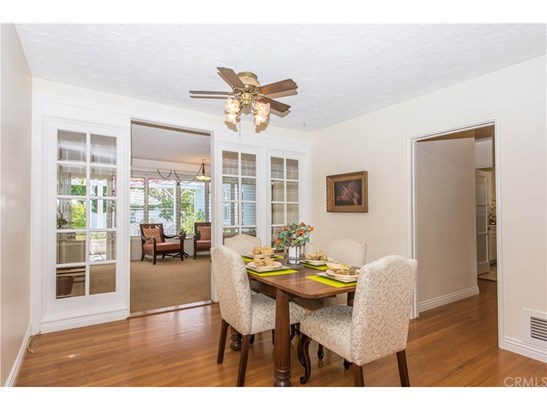 Colonial,Cottage, Single Family Residence - Santa Ana, CA (photo 4)