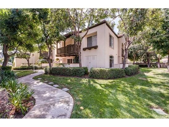 Condominium, Contemporary - Orange, CA (photo 3)